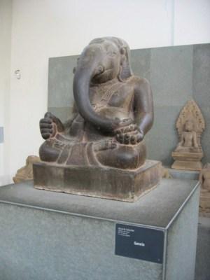 ミソン出土のガネーシャ神像