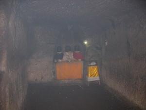 ゴアガジャ石窟 堂内右側