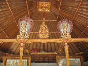バリ島 神殿のシンガ