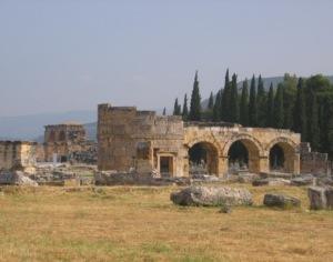 ヒエラポリス ドミティアヌス帝の門