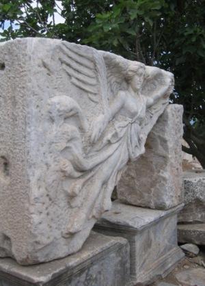 エフェスの遺跡 勝利の女神