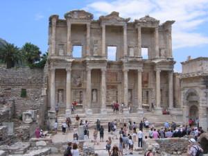 エフェスの遺跡 ケルスス図書館
