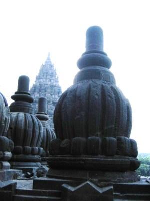 インドネシア プランバナン寺院
