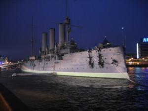 サンクトペテルブルク 巡洋艦オーロラ号