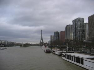 パリ ミラボー橋より