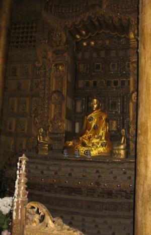 マンダレー シュエナンドー僧院