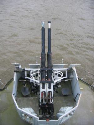 ベルファスト号 機関砲