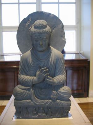仏坐像(ガンダーラ