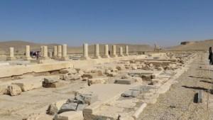 パサルガダエ キュロス大王の宮殿