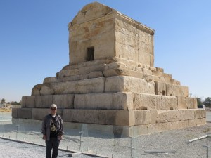 パサルガダエ キュロス大王墓