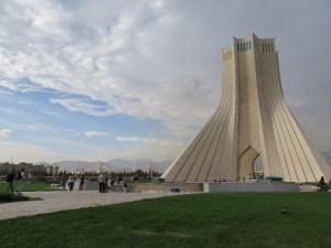 テヘラン アサディ・タワー 鳥