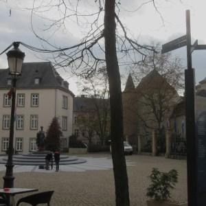 シャルロッテ女大公の銅像 ルクセンブルグ
