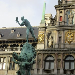 マルクト広場 アントワープ ベルギー
