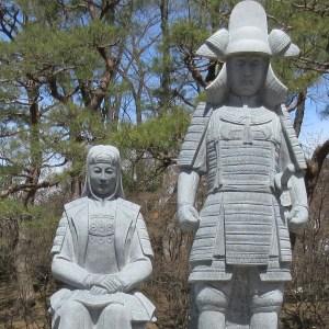 沼田城址 信幸と小松姫像