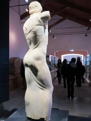 シチリア・モツィアの青年像