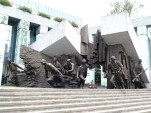ワルシャワ ワルシャワ蜂起記念碑