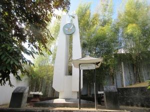 モンテンルパ世界平和祈念の塔