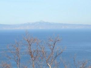 国後島 トマリ山