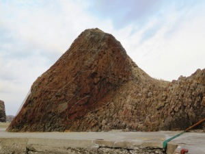 ウトロ 三角岩