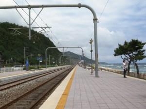 韓国 駅(正東津)