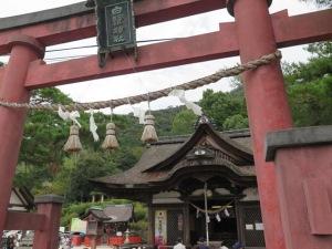 白鬚神社 鳥居・拝殿