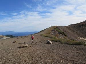 吾妻小富士 山頂ヘリ